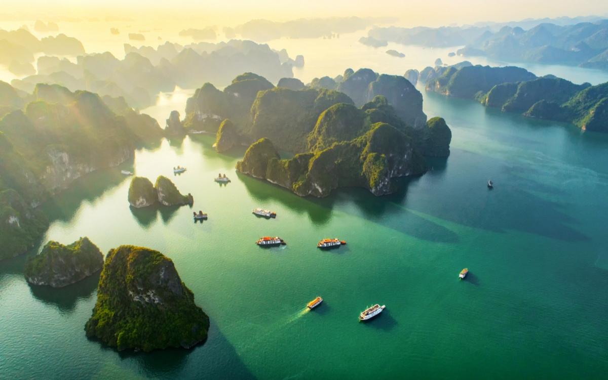 Zátoka Ha Long Bay: prírodný skvost severného Vietnamu